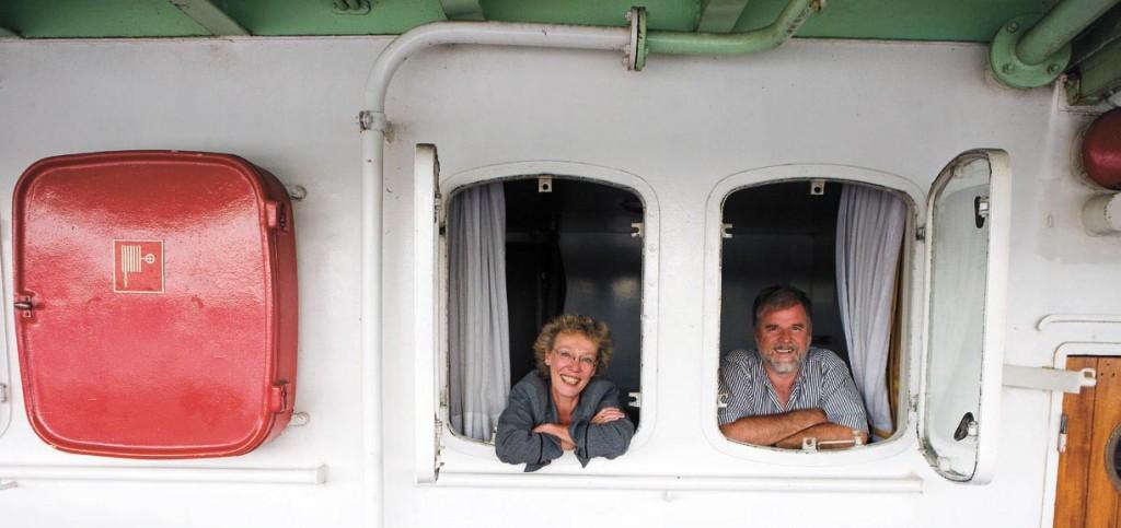 Cap-San-Diego-Kapitän Jens Weber und seine Frau Sabine Hanno-Weber luden uns auf ihr Schiff ein