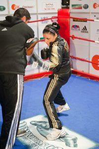 Susi macht sich fit für den Fight