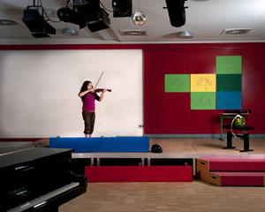 Seda hat seit der zweiten Klasse einmal pro Woche Geigenunterricht.
