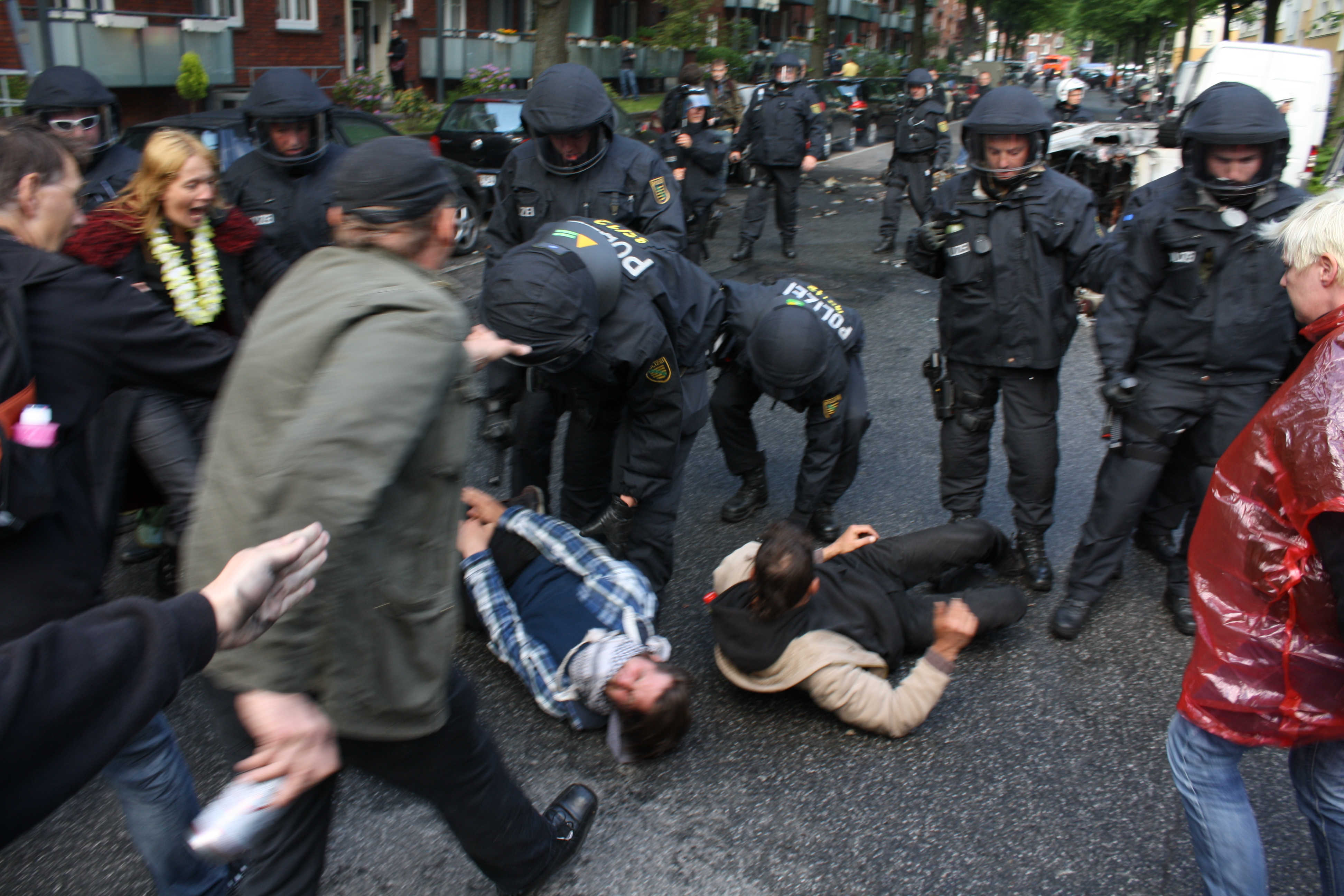 Polizisten Verprügelt