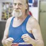 Efim ist 67 Jahre alt. Der Journalist und Schriftsteller boxt, seit er 13 ist.
