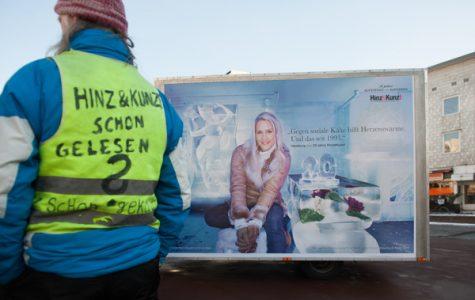 Die Plakatkampagne zum 20. Geburtstag von Hinz&Kunzt startet mit Judith Rakers.