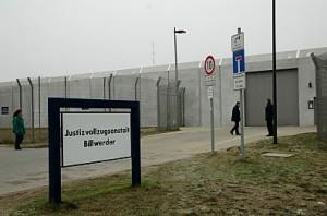 Der Eingang des Hochsicherheitsgefägnisses Billwerder. Foto: bildarchiv-hamburg.de