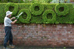 Bei diesem schottischen Rentner ist die Liebe für Olympia unübersehbar. (Foto: South West News Service Ltd./action press)