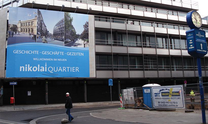 Seit Jahren steht das Allianz-Hochhaus in der Innenstadt leer. Im August 2018 soll nach Abendblatt-Angaben der Abriss erfolgen. Foto: Jonas Füllner